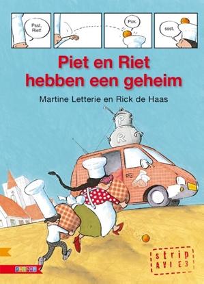 Afbeeldingen van AVI strip Piet en Riet hebben een geheim