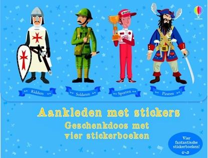 Afbeeldingen van Aankleden met stickers - geschenkdoos met 4 stickerboeken