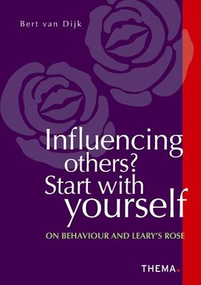 Afbeeldingen van Influencing others? Start with yourself