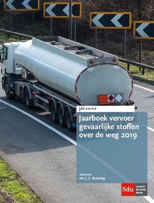 Afbeeldingen van Jaarboek Vervoer Gevaarlijke stoffen over de weg 2019