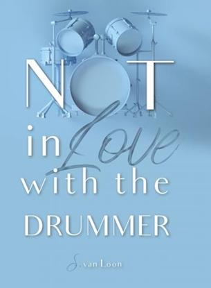 Afbeeldingen van Not in love with the drummer
