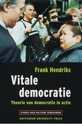 Afbeeldingen van Studies over politieke vernieuwing Vitale democratie